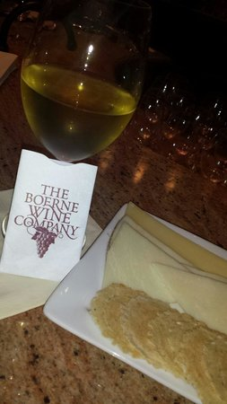 The Boerne Wine Company : Wine,cheese,and my wine card!
