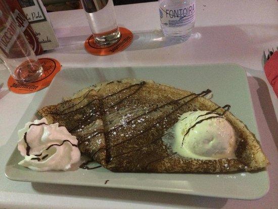 Cafe-Bar La Perla Lounge: Los mejores creps de torremolinos de la mano de jose