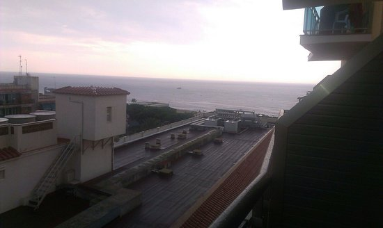 Reymar Playa: Vistas al mar 24/7/2014 Diego Puicercús.