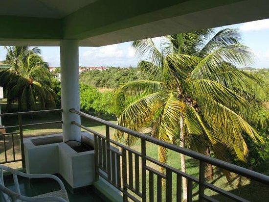 Hotel Playa Costa Verde: Blick vom Balkon auf Garten und Meer