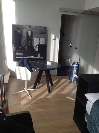 Holiday Inn Berlin Centre Alexanderplatz: 10th floor suite