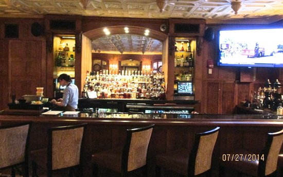 Capitol Grille: Bar