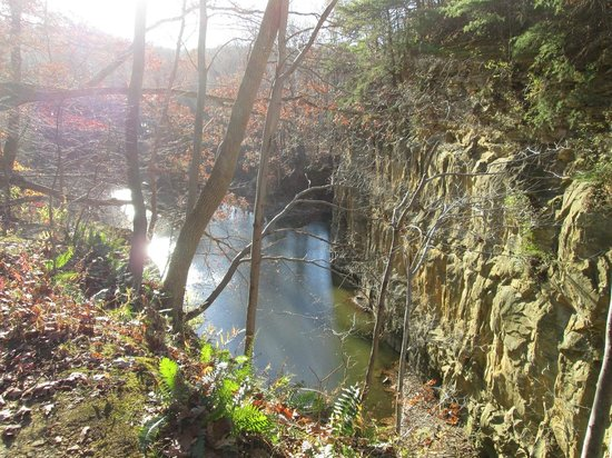Blackhand Gorge State Nature Preserve: Old Quarry Site
