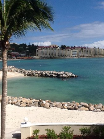 Royal Palm Beach Resort: The view from our room 8205