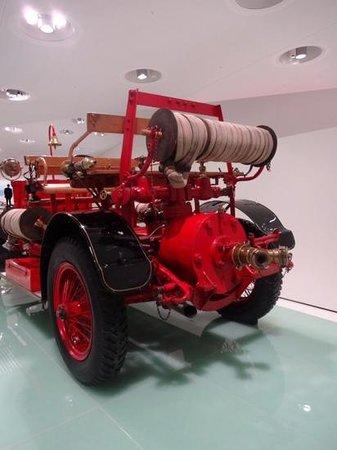 Porsche-Museum: vehicule du feu