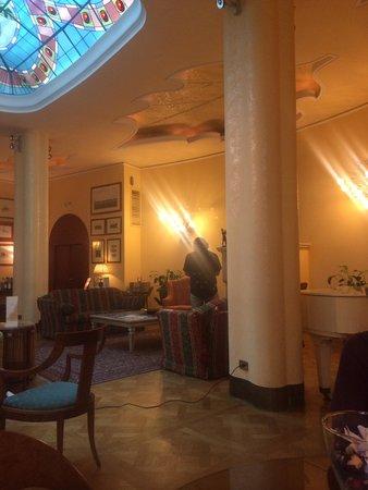 Duke Hotel: Lounge at The Duke