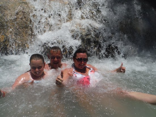 Dunn's River Falls and Park : Having a dip