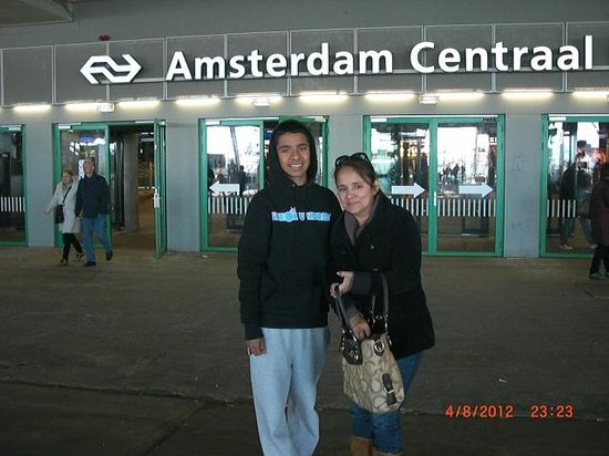 Amsterdam City Tours-Day tours: Central Amsterdam Station