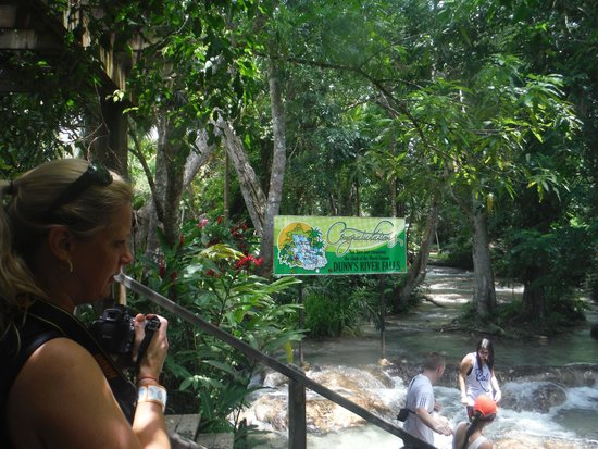 Dunn's River Falls and Park : We made it