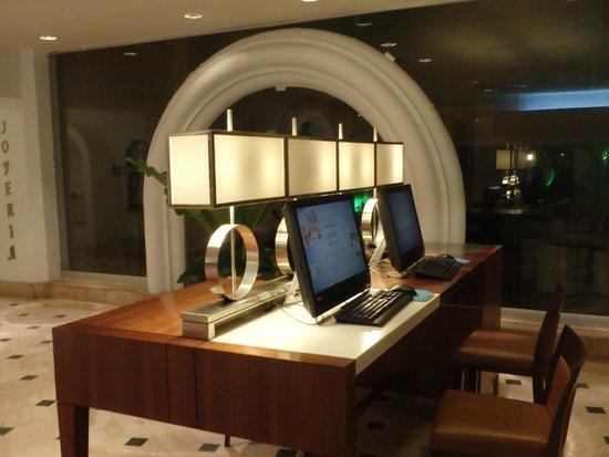 Hilton Cartagena: Lobby