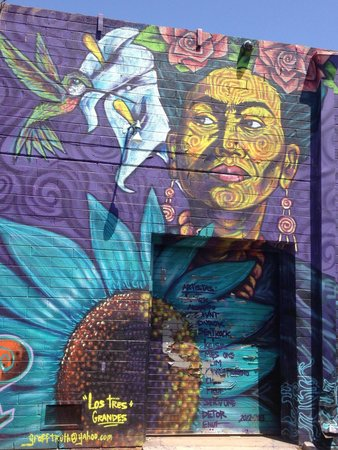 Barrio Cafe : Awesome mural outside.