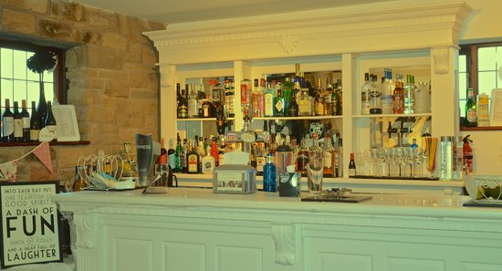 Marsh Farm Hall: The Cash Bar - Open throughout your function