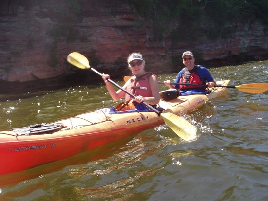 Living Adventure, Inc: paddling on Lake Superior with Living Adventure