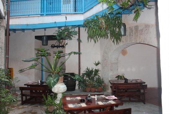 Hotel El Comendador: Corredores