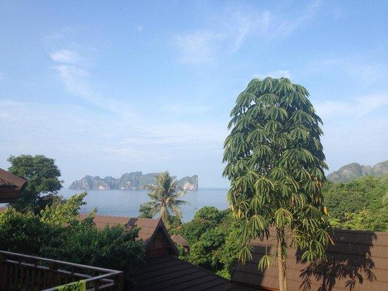 Phi Phi The Beach Resort: view from balcony