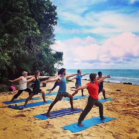 Muri, Islas Cook: Beach Yoga Sessions available upon request!