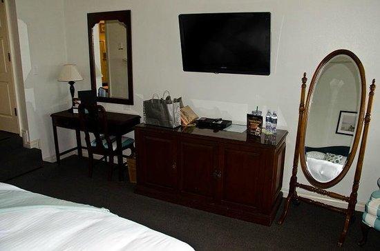 Blue Lantern Inn - A Four Sisters Inn: Room 103