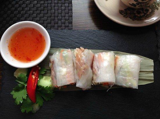 Ning : Mackerel Rice Paper Rolls