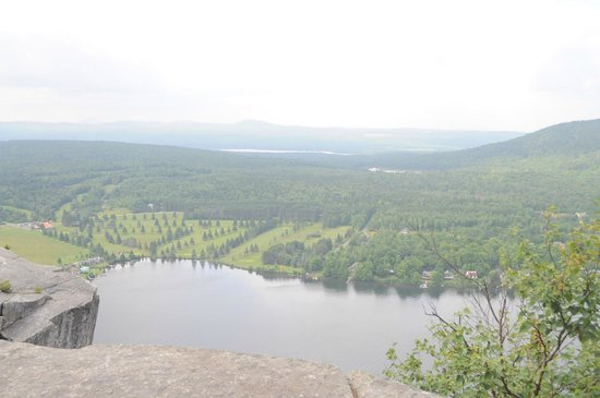 Mount Pinacle: View from the top