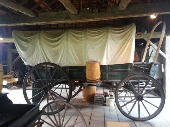 Walker Tavern: Covered Wagon in the Barn
