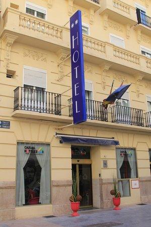 Casual Valencia del Cine: Outside of the Hotel