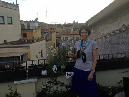 Babuino 181: Distant view of Vatican from Patrizi Suite terrace