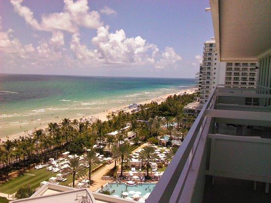 Fontainebleau Miami Beach: VISTA DESDE BALCON