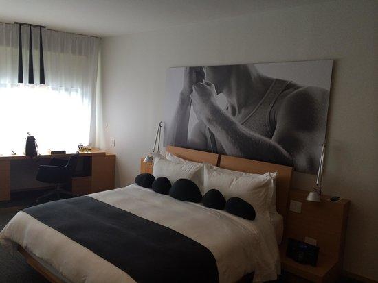 Hotel Le Germain Maple Leaf Square: Moi, je me couche tout de suite!