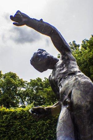 Musée Rodin : Falling