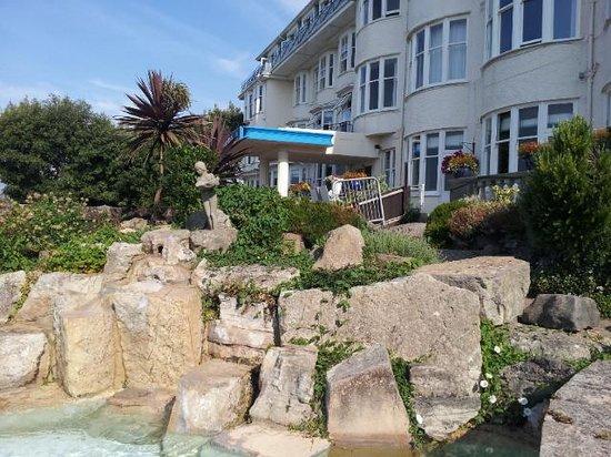 Marsham Court Hotel: Front pool