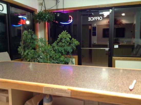 Wheels Motel: Come Visit