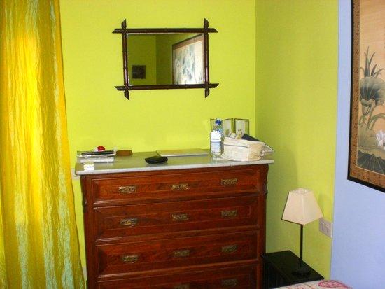 Caffeletti B&B : stanza verde
