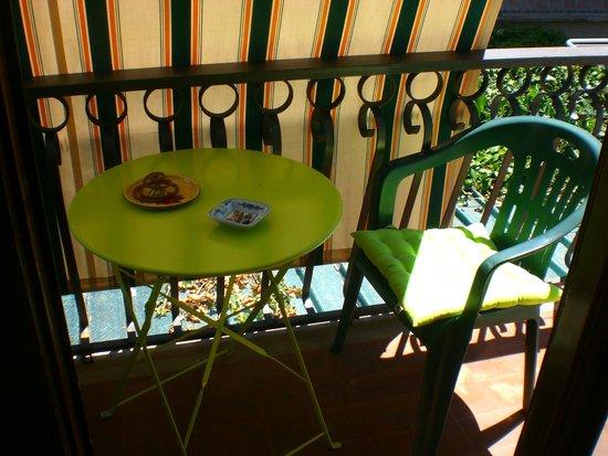 Caffeletti B&B : stanza verde - balcone