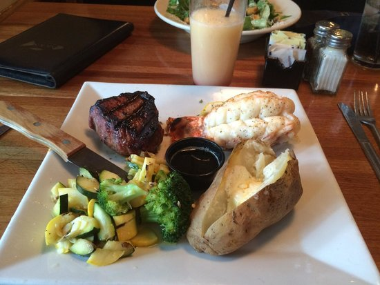 Nick's Steak and Seafood : Filet mignon and Lobster