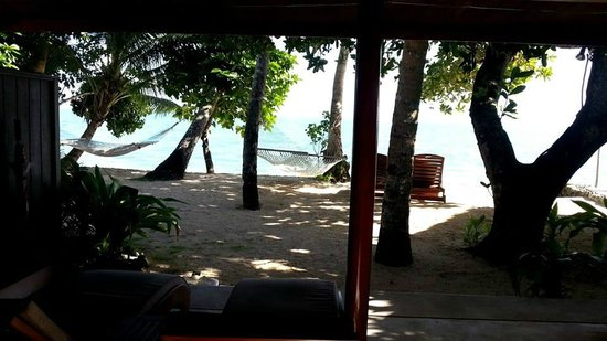 Toberua Island Resort : Incredible view of our own hammock