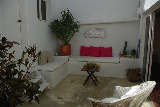 Posada La rosaleda: Hermoso espacio para relajarse y conversar