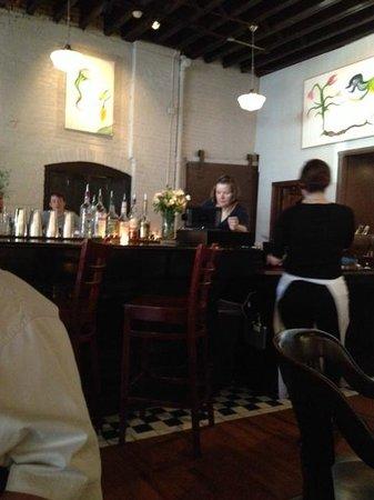 Le Bouillon : The Bar Scene