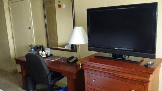 Sheraton Bucks County Hotel: has Disney Channel