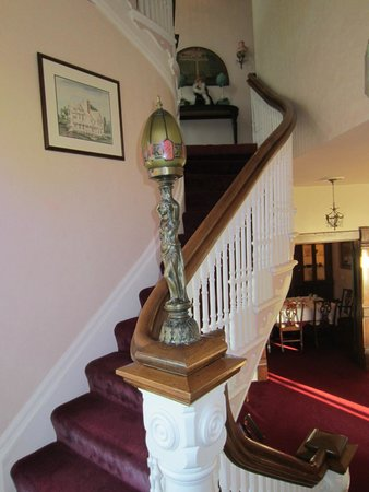 Heather House: Stairway to HEAVEN!