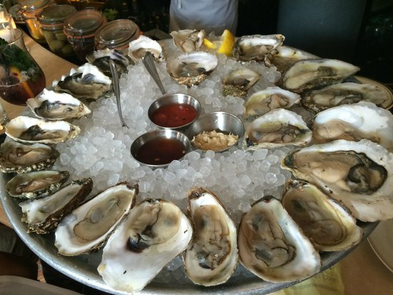 Maison Premiere: our second round of oysters