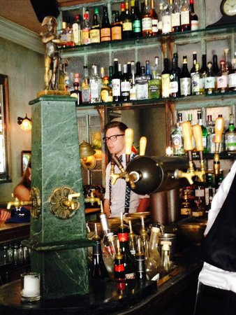 Maison Premiere: the bar - with Michael - our bartnder