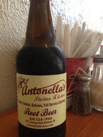 Antonella's Italian Kitchen : Root beer