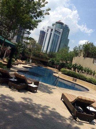 Sheraton Imperial Kuala Lumpur Hotel: swimming pool @sheraton