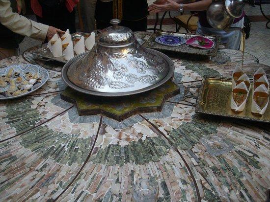 Palais Sebban: Welcome Mint Tea & Cookies