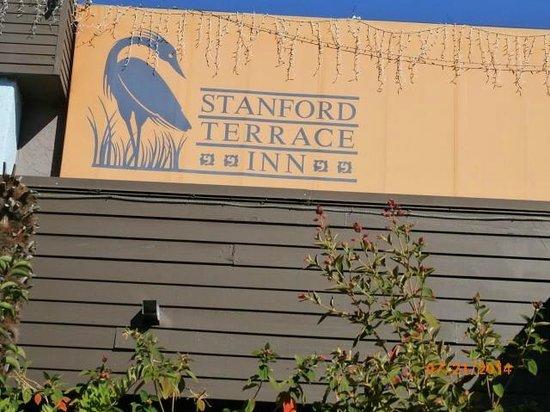 Stanford Terrace Inn: entrance