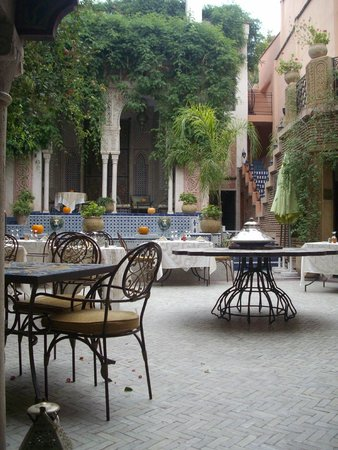 Palais Sebban: Courtyard with pool
