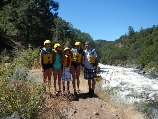 Indigo Creek Outfitters : Perfect day of rafting