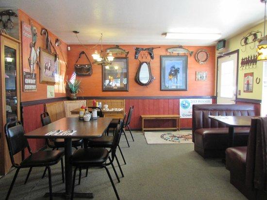 Cowboys Cafe: Interior view