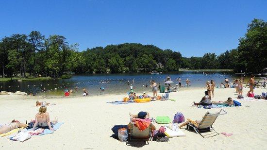 Cacapon Resort State Park: Beach