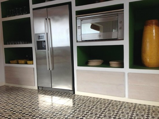 Los Patios Hotel: Refrigerator is stocked with beverages